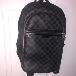 70f2c4e300d8 Louis Vuitton Men Michael Damier Grey Bag